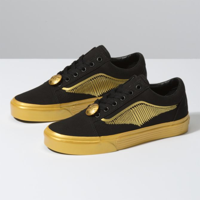 snitch shoes.png